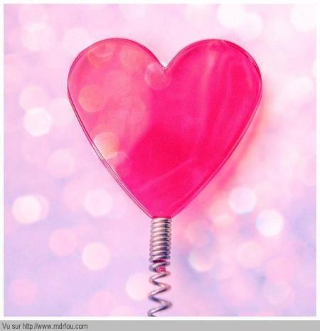 Un coeur avec un ressort