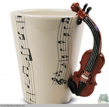 Une tasse pour les musiciens