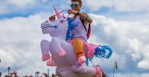Sympa le déguisement de licorne (featured)