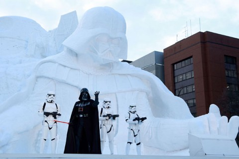 06-giant-star-wars-snow-sculpture-sapporo-festival-japan