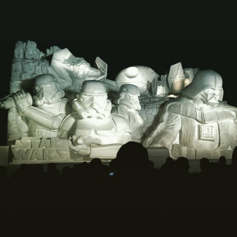 09-giant-star-wars-snow-sculpture-sapporo-festival-japan
