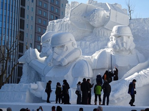 11-giant-star-wars-snow-sculpture-sapporo-festival-japan